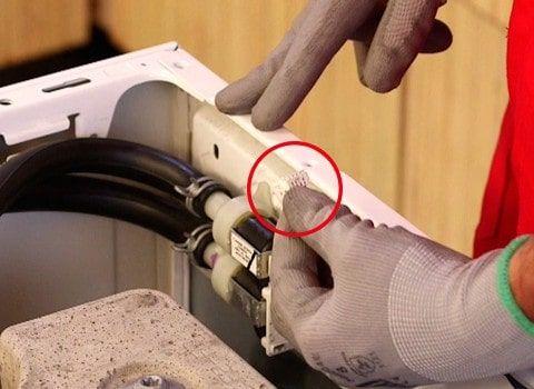 stecker-abziehen-magnetventil